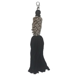BLACK KEYHOLDER WITH SHELL       - DECOR ITEMS
