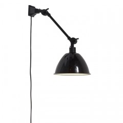 WALL LAMP WITH BLACK METAL SHADE