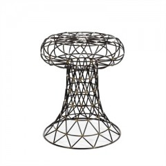 WIRE STOOL NUDE